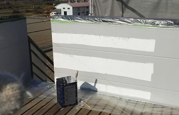 【外壁塗装】三重県多気町 N様 中塗り中