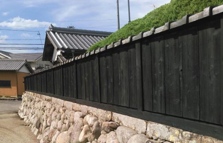 木製塀の塗装