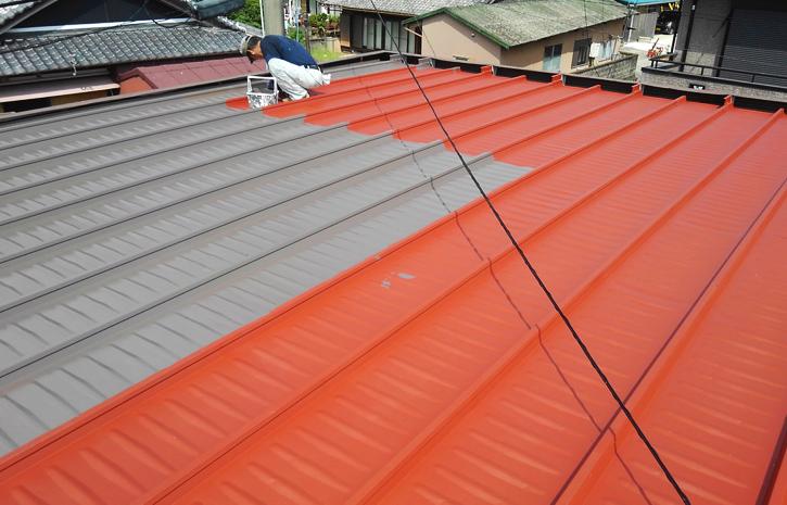 鉄板屋根の塗装